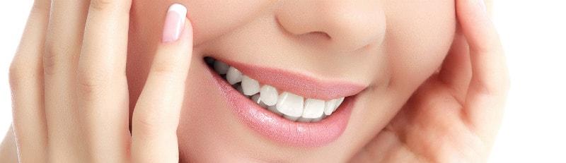 Особенности и виды, преимущества профессиональной чистки зубов